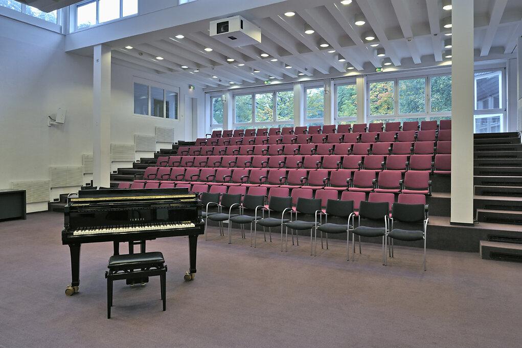 Auditorium-4399.jpg
